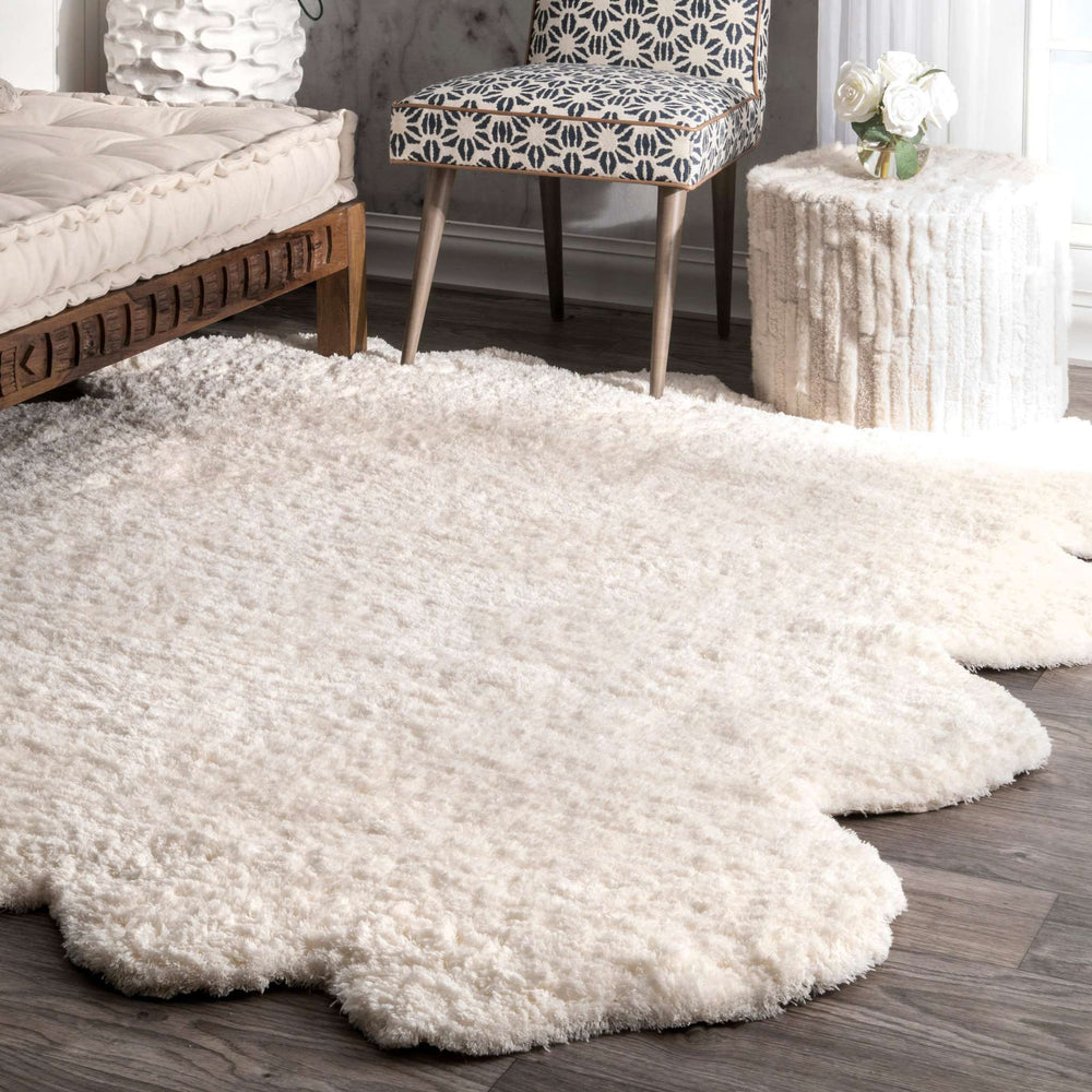 Hand Tufted Octo Pelt Faux Sheepskin