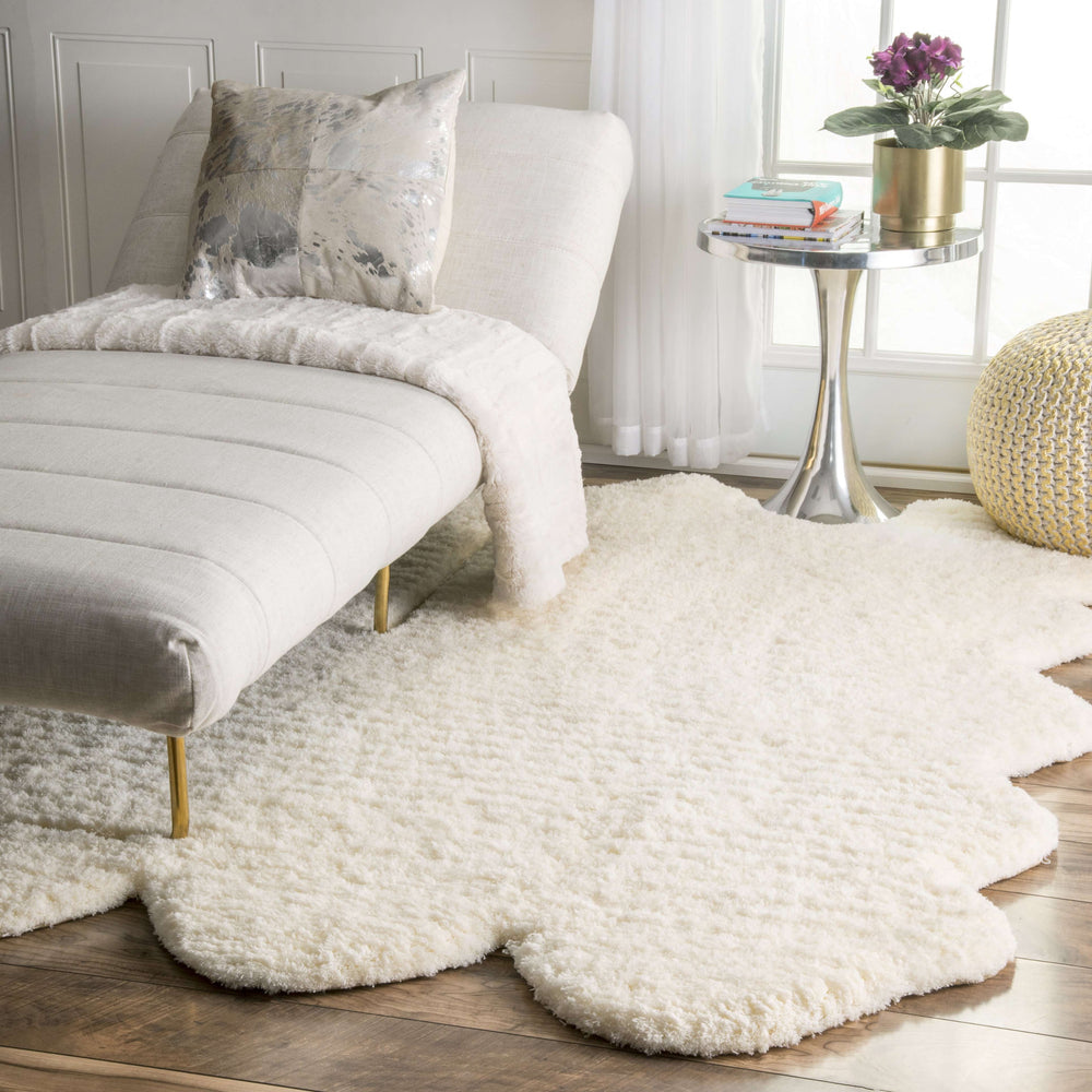 Hand Tufted Sexto Pelt Faux Sheepskin