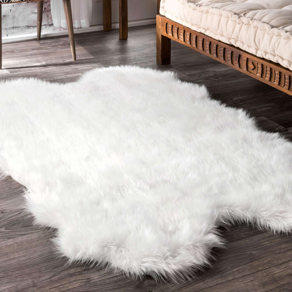 Tianna Faux Sheepskin Quarto Shaggy