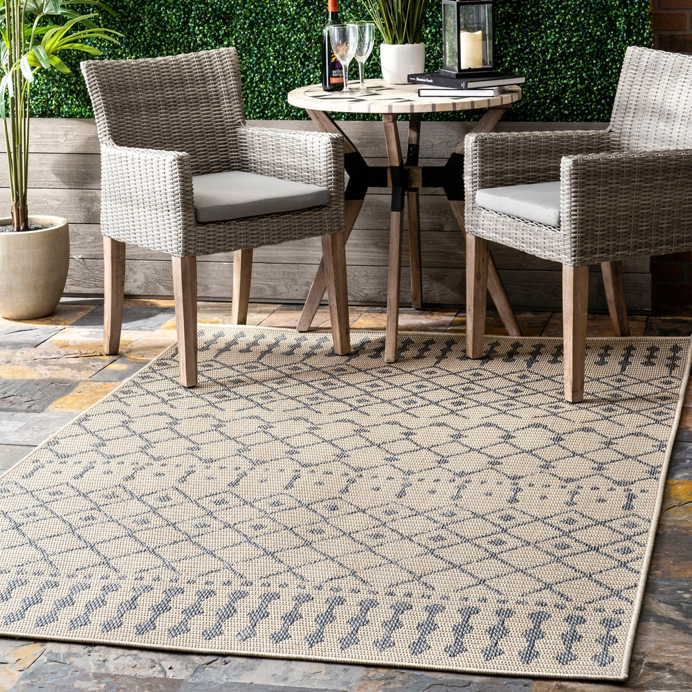 Reina Modern Trellis Indoor/Outdoor