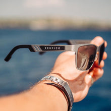 Load image into Gallery viewer, Titanium Wayfarer Sunglasses - TITAN - Gun Metal - gutkaufen.net