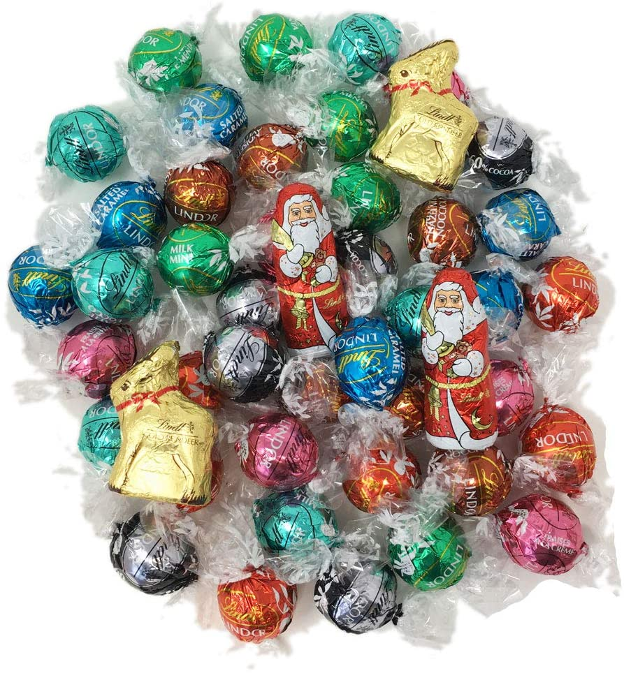 Lindt Lindor Assorted Truffles and Christmas Character Chocolates (500g)