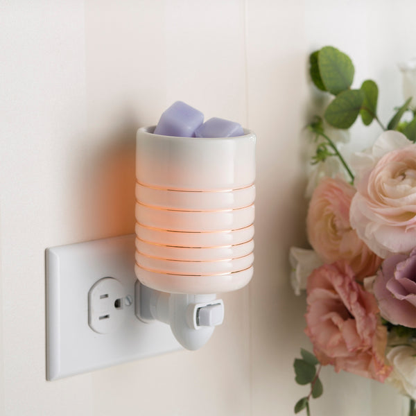 Candle Warmers Plug In - Serenity