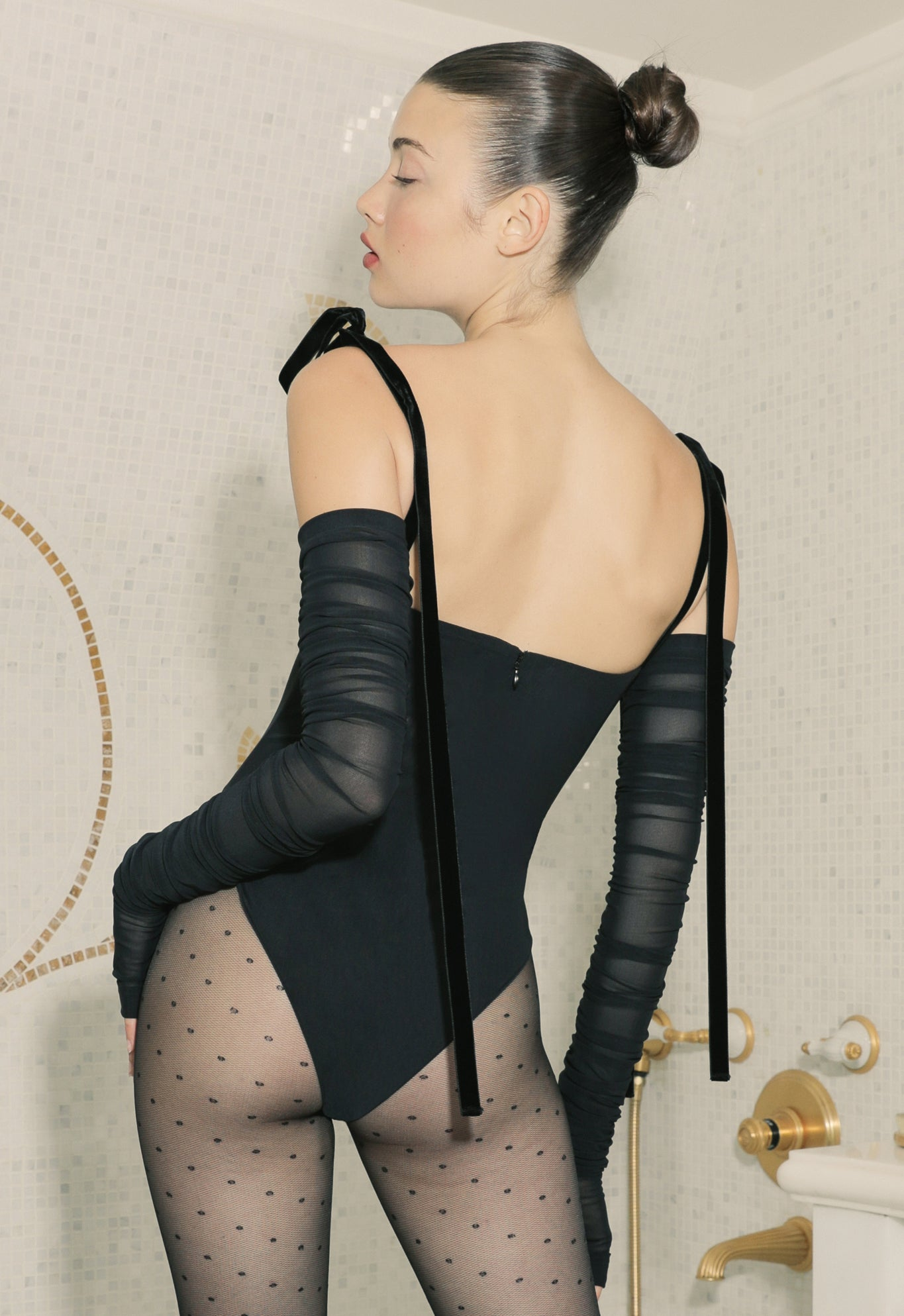 EXCLUSIVE SULTRY GLOVE BODYSUIT BLACK