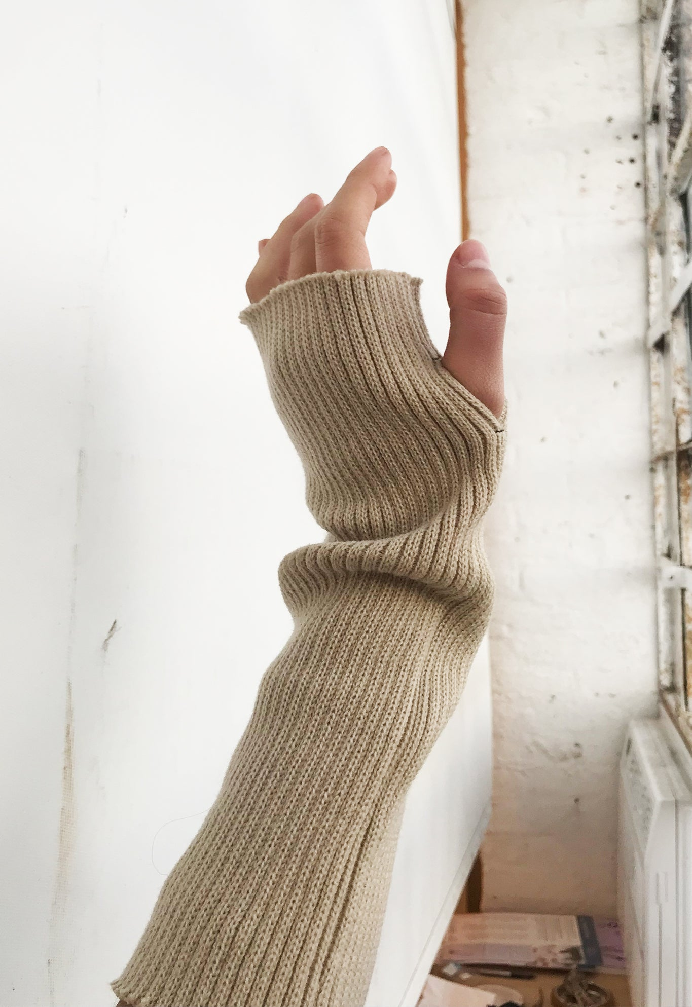 CHUNKY KNIT TUBE GLOVES