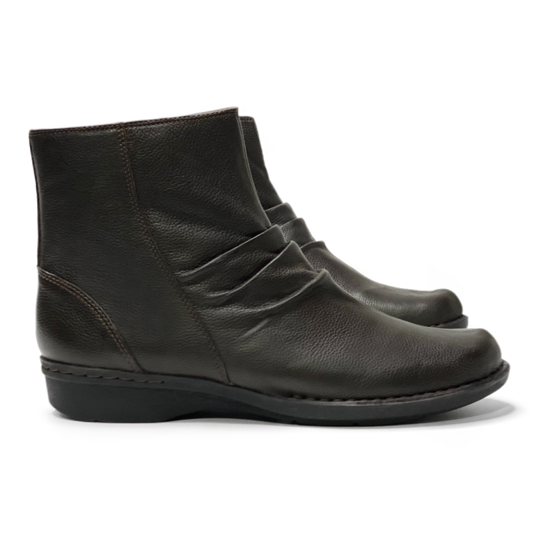 Whistle Riona Booties (Women's)