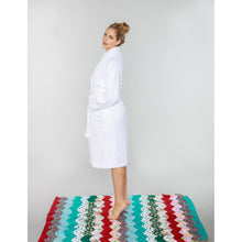 Load image into Gallery viewer, Bathrobe White