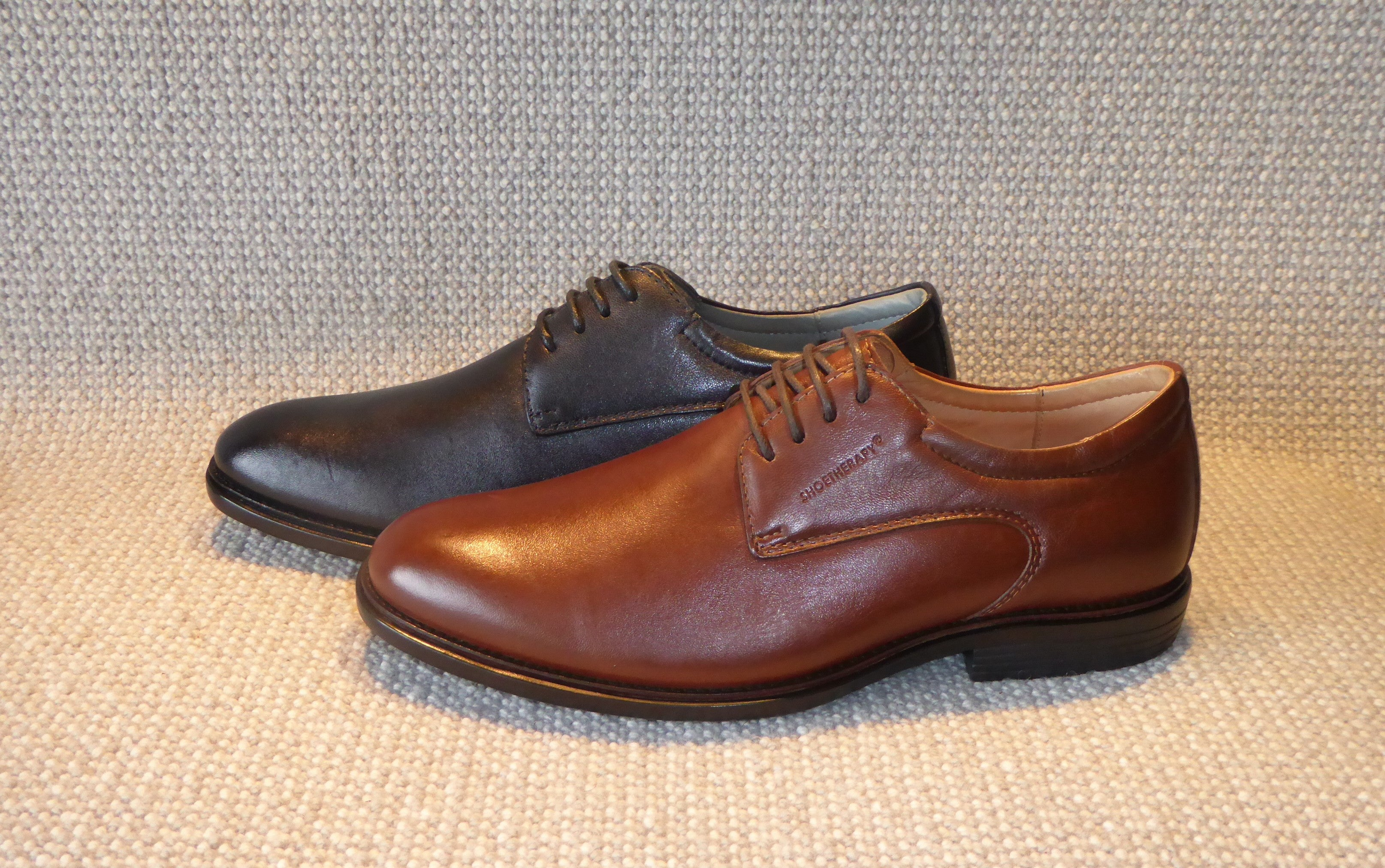 E. Shoetherapy Cerato 42902 Mens Leather Plain Front lace up Business Shoe