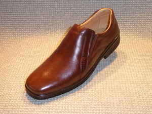 C. Shoetherapy BARCELONA 43101 Mens Plain Front Leather Slip on Shoe