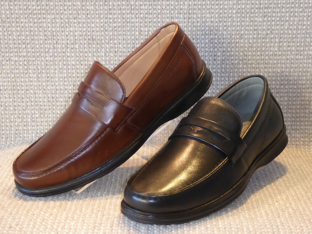 F. Shoetherapy Istanbul* 45002 Mens Leather Apron Front Slip on Shoe with Removable insoles