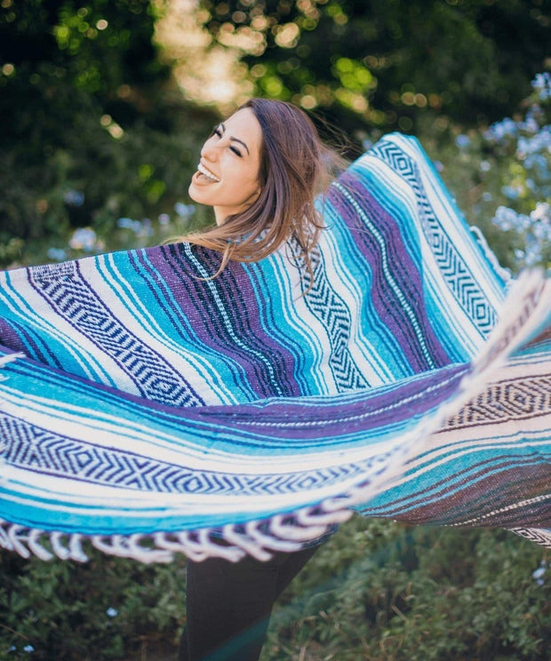 Serengetee - Wear The World Iguala Blanket from Mexico
