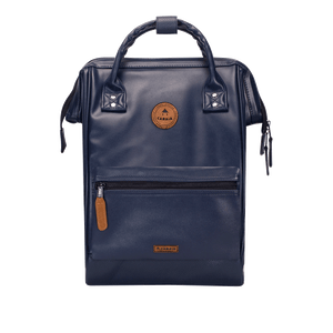 Navy backpack Cabaïa Milan with one of his two interchangeable pockets