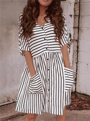 products/ButtonStripedPocketMiniDress_3.jpg