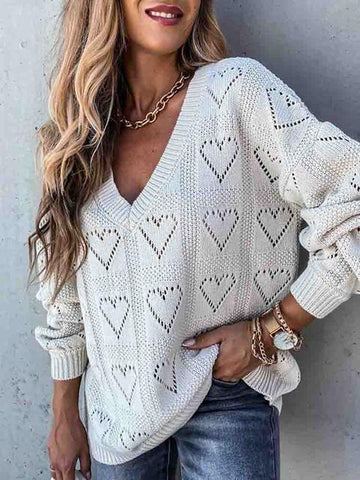 products/HeartShapedHollowLooseKnitSweater_2.jpg