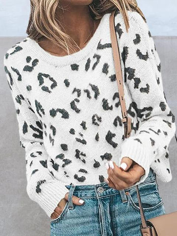 products/LeopardPatternKnitSweater_1.jpg