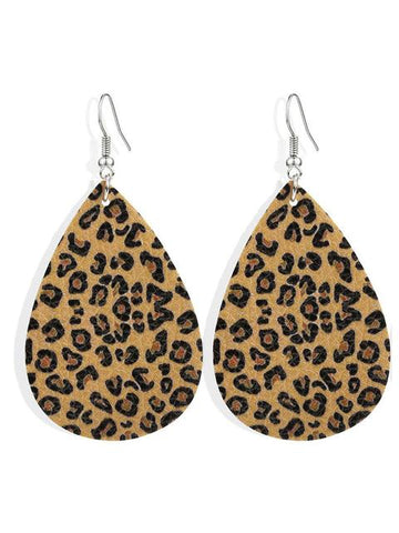 products/LeopardPatternLeatherEarrings_2.jpg