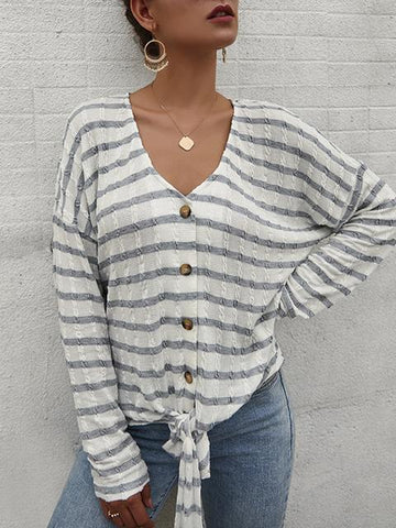 products/StripedPatternButtonStrapKnitCardigan_2.jpg