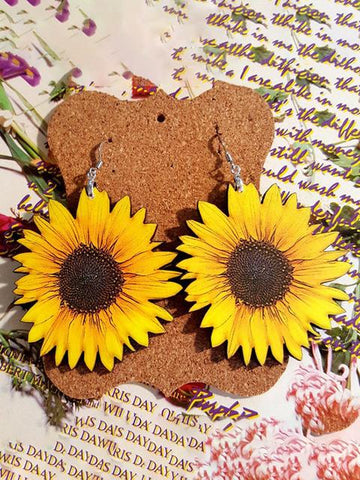 products/SunflowerPatternWoodenEarrings_1.jpg