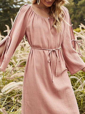products/crew-neck-solid-shift-midi-long-sleeve-dress_5.jpg