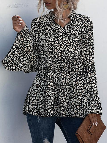 products/flared-sleeve-leopard-print-blouse_1.jpg