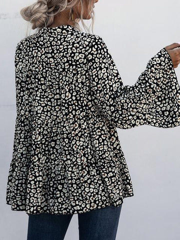 products/flared-sleeve-leopard-print-blouse_2.jpg