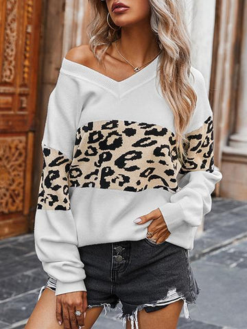 products/leopard-patchwork-v-neck-sweater_1.jpg