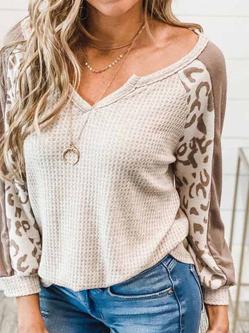 products/leopard-patchwork-v-neck-waffle-top_2.jpg