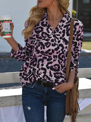 products/leopard-print-v-neck-blouse_2.jpg
