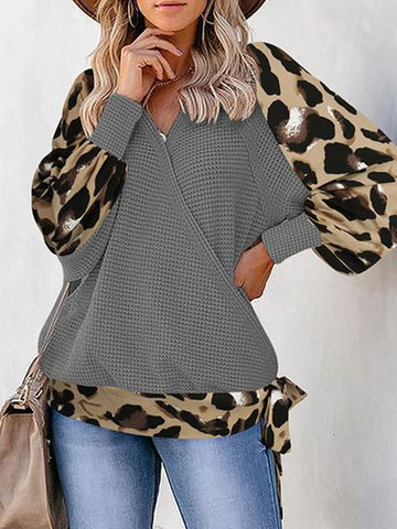 products/v-neck-leopard-sleeve-loose-sweater_1.jpg