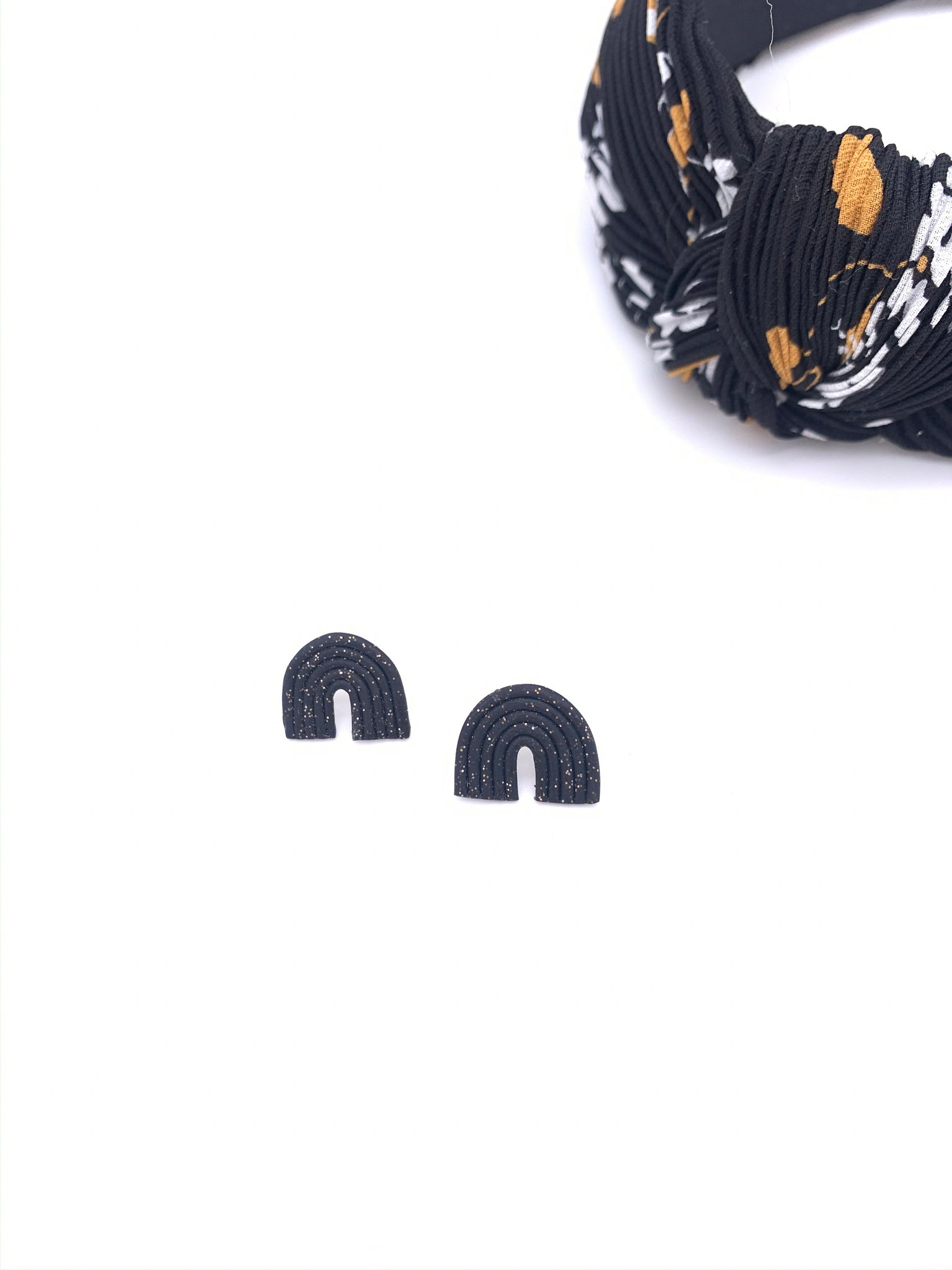 Audrey Everyday Black Shimmer Arch Studs