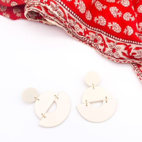Daisy Clay Dangles - Ivory