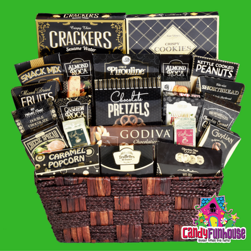 Christmas Gift Basket-Christmas Gift Ideas-CandyFunhouse.ca