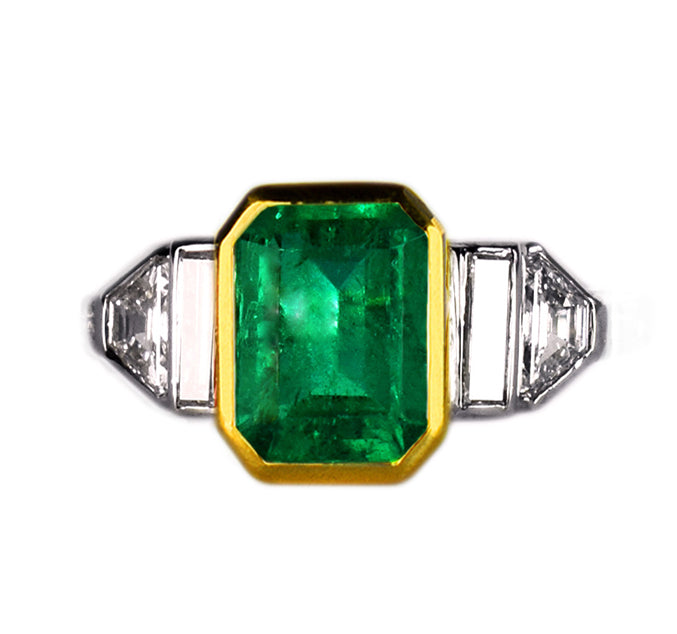 Colombian_Emerald_Diamond_Ring