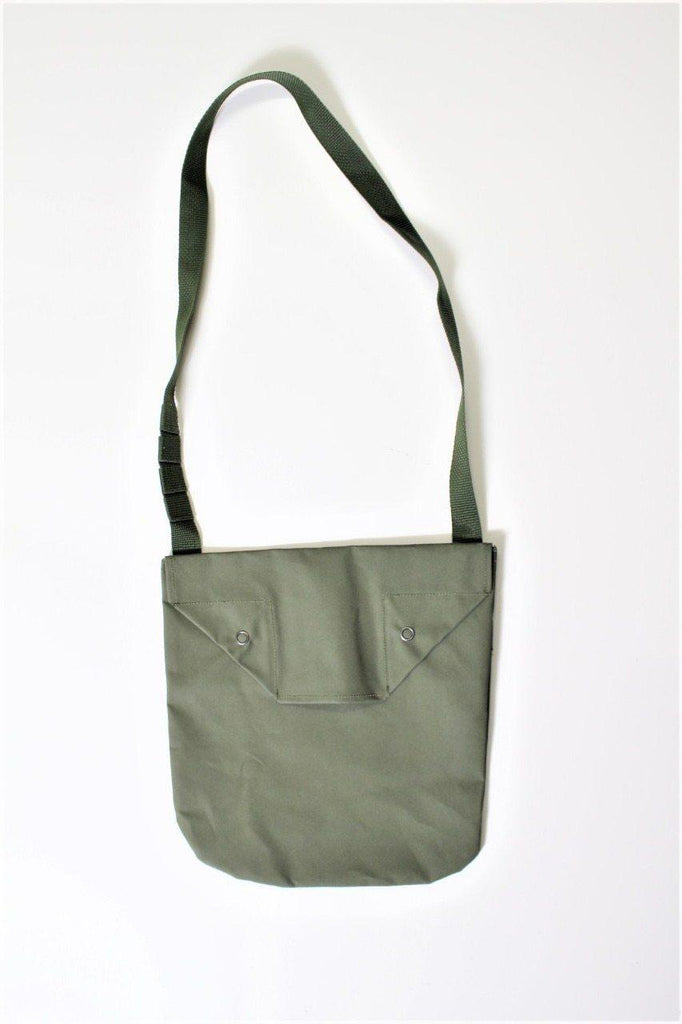 ENGINEERED GARMENTS Shoulder Pouch - Acrylic Coated Cotton - BOROPBY