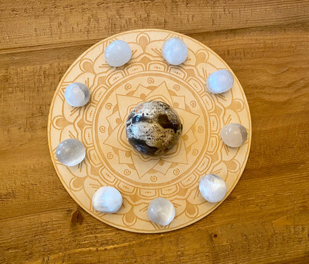 Mandala Sphere Holder Crystal Grid