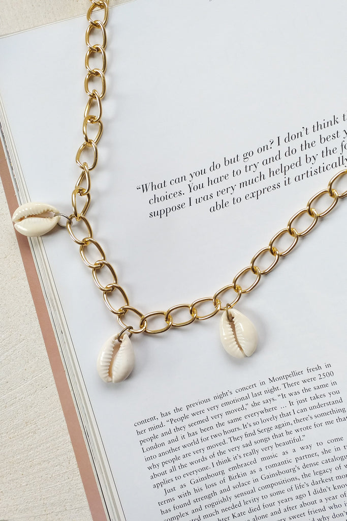 Chase Cowrie Necklace - Jewelry - LOST IN PARADISE