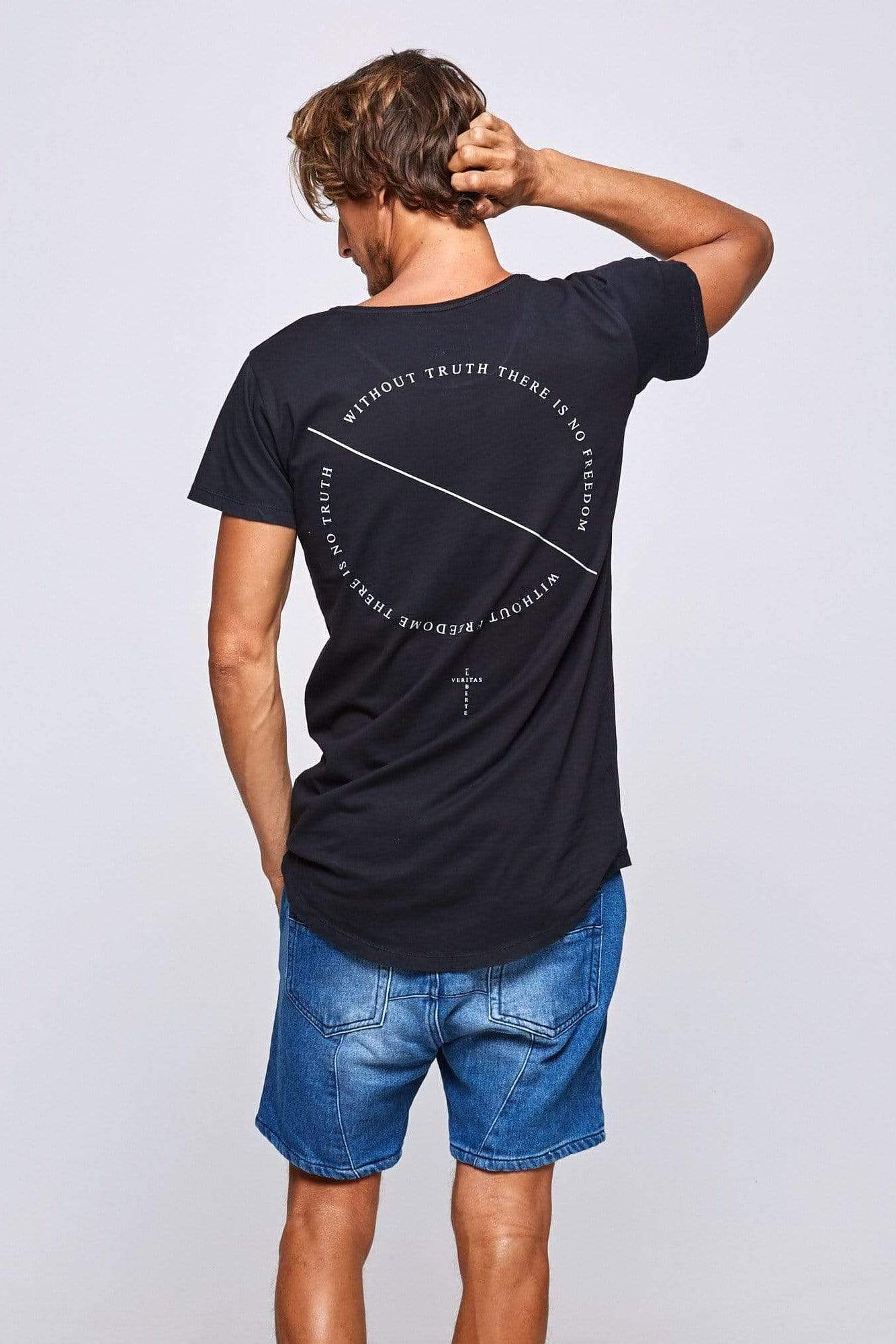 Lvt Without Truth Circle - Man T-Shirt - VERITAS & LIBERTE