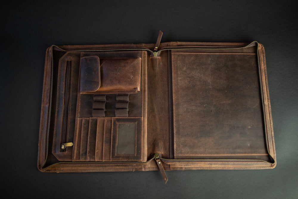 Nomad Leather Portfolio