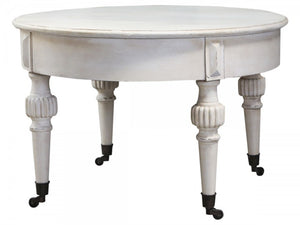 Marie Antoinette Cream Coffee Table On Wheels