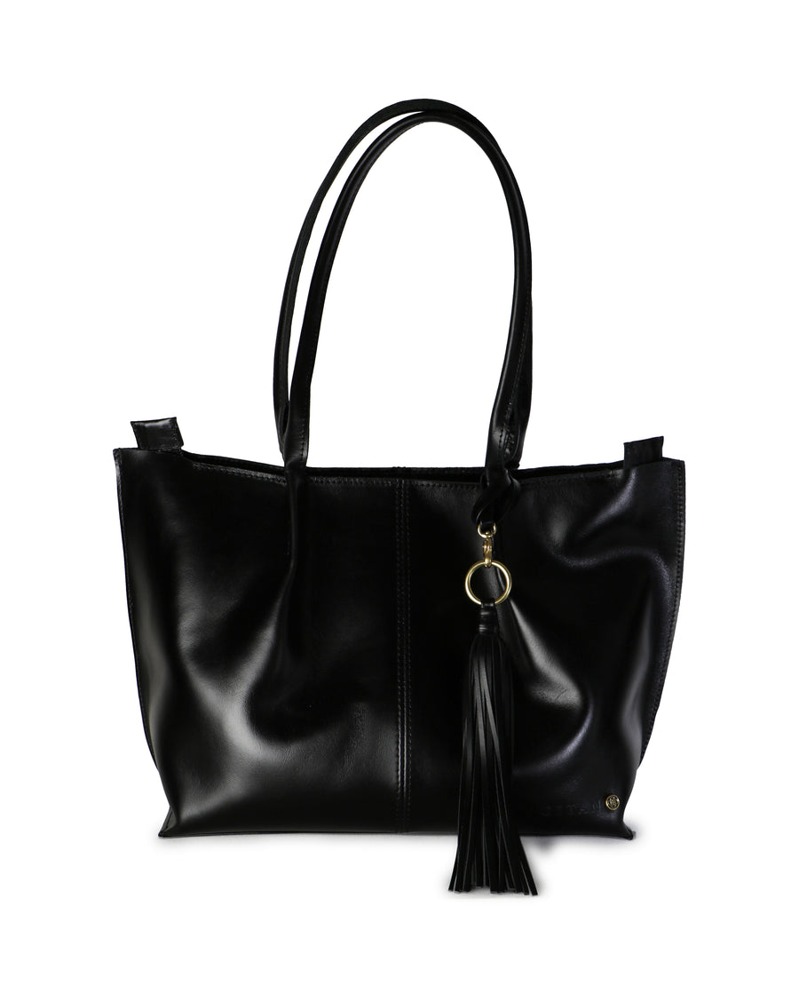 beautifully crafted genuine leather tote handbag