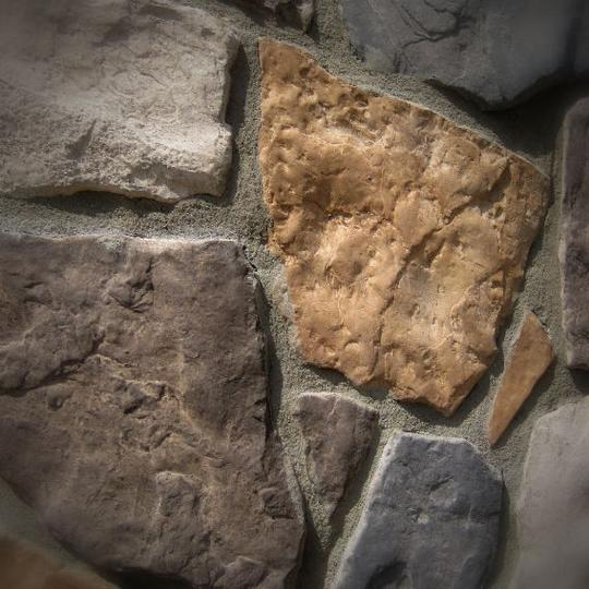 Black Bear Mountain Stone - Stone Veneer - Field Stone Ozark