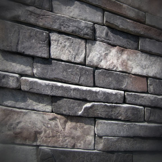 Black Bear Mountain Stone - Stone Veneer - Stack Stone Midnight