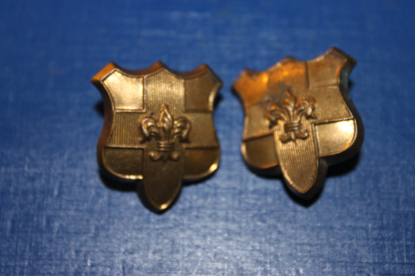 Linconshire Imperial Yeomanry Collar Badge Pair
