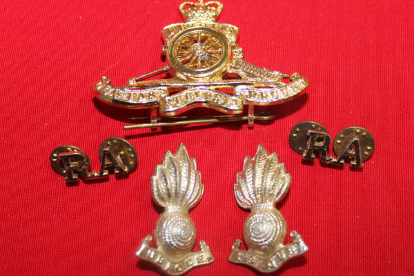 Royal Artillery Badge Set