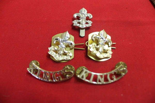The king's Regiment Badge Set