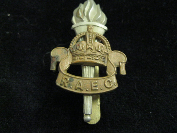 WW2 - Army Educational Corps Cap Badge