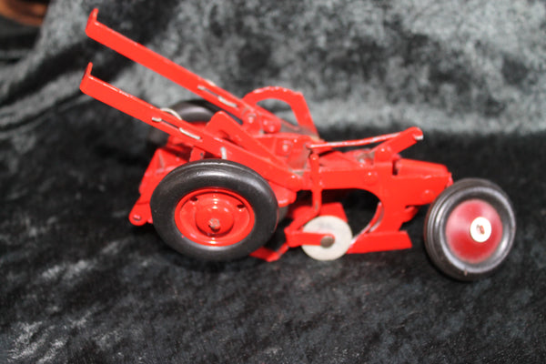IH McCormick 1:16 2 Bottom Tractor Plough