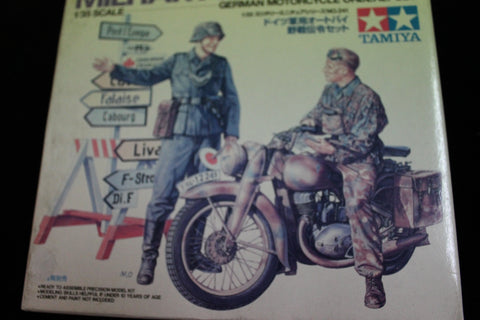 1:35 - German Motorcycle Orderly Set