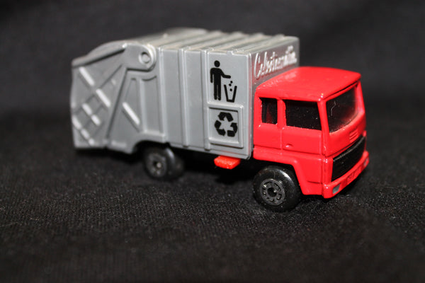 1979 - Matchbox Number 36 Refuse Truck