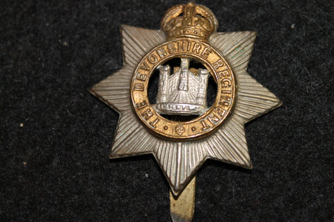 1901-1956 - The Devonshire Regiment Cap Badge